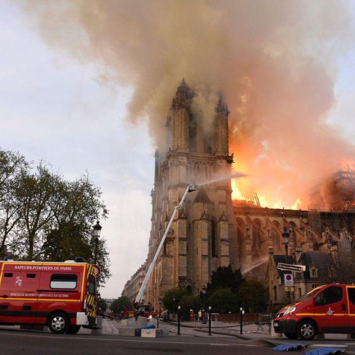 Desastre histórico y artístico: arde Notre Dame y no se descarta su destrucción total