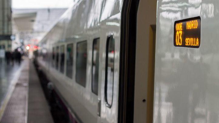 Aún está vigente el paro convocado entre el colectivo de 'controladores ferroviarios' de Adif también para mañana miércoles por el Sindicato de Circulación Ferroviaria.