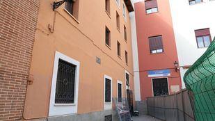 La Casa del Cura, en la Plaza del Dos de Mayo, nueva sede de las entidades vecinales de 'Haciendo Barrio'.