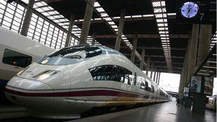 Renfe cancela 46 trenes por la huelga en Adif