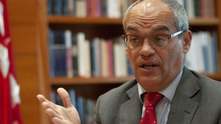 El consejero de Educación, Rafael van Grieken, en un momento de su entrevista con 'Madridiario'.