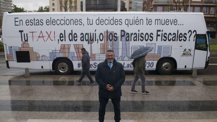 Autobús fletado por Antaxi.