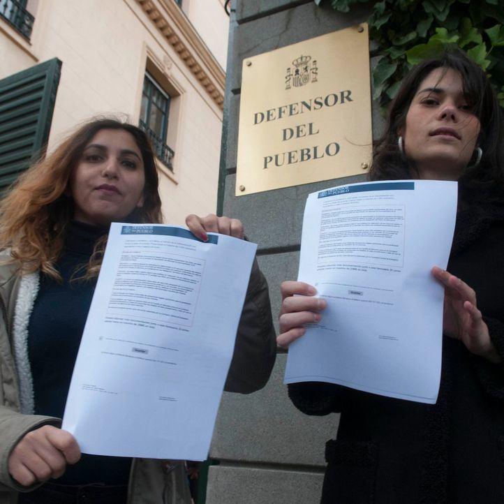 La  candidata de Podemos  a la Comunidad de Madrid  Isabel Sierra presenta  pide amparo ante el Defensor del Pueblo para su intervención de no expulsión de 23 menores