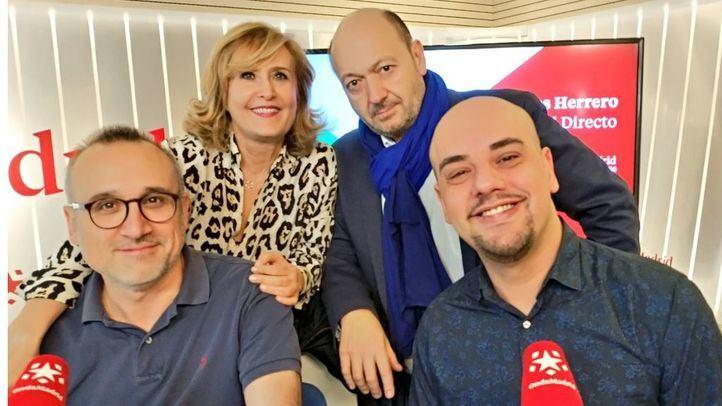 Los periodistas Ferrán Boiza y Carlos Hidalgo en Com.Permiso