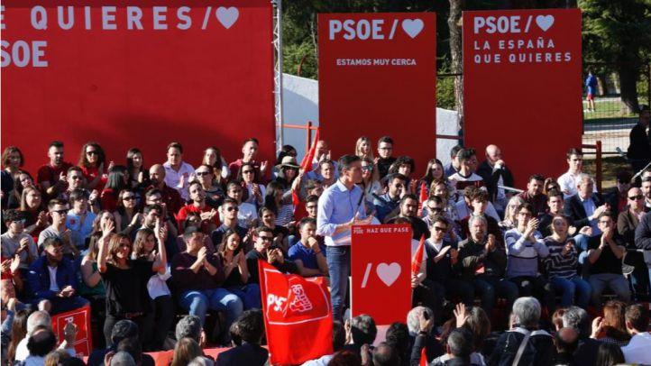 Sánchez advierte del peligro que supone la ultraderecha en barrios obreros
