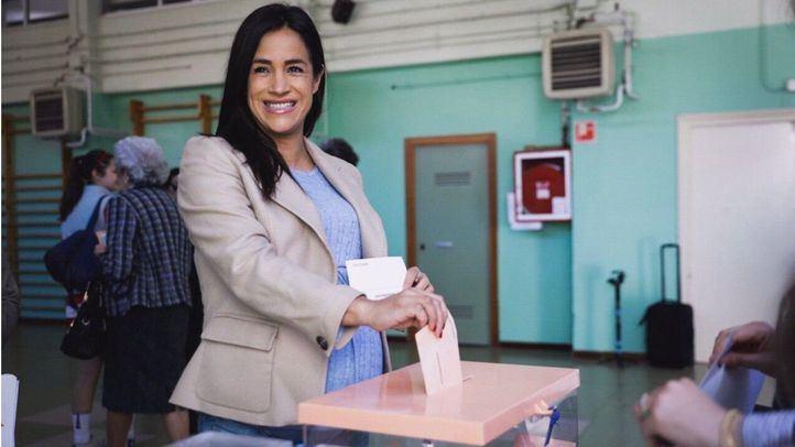 Begoña Villacís votando en las elecciones del 28-A.