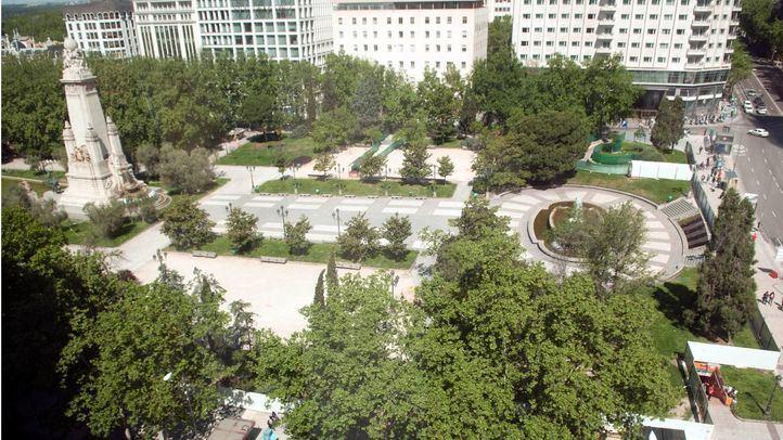 La Plaza de España, cercada para iniciar su proceso de remodelación