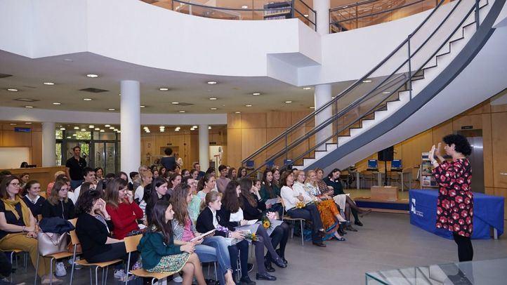La entrega de premios tuvo lugar en la biblioteca Leon Tolstoi.
