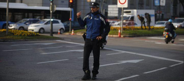 Caen un 80% las multas y Gran Vía registra un 25% menos de coches