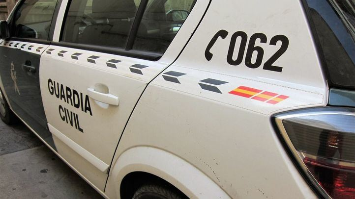 La Guardia Civil ha detenido al hombre, acusado de un delito contra la salud pública.