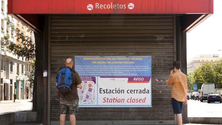 La estación de Recoletos estuvo cerrada por obras en el verano de 2016.