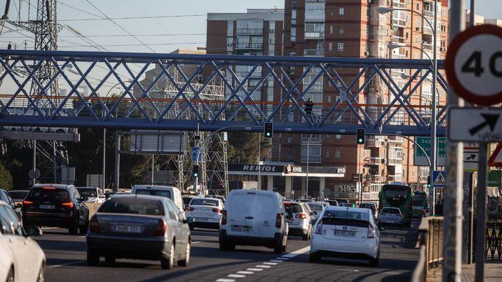 Un centenar diario de multas en la A-5 desde la instalación de los semáforos