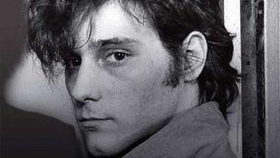 Antonio Vega murió el 12 de mayo de 2009, a los 51 años.