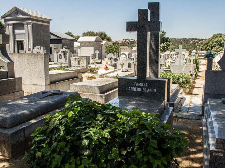 El panteón del cementerio de El Pardo deja de pertenecer a Patrimonio Nacional