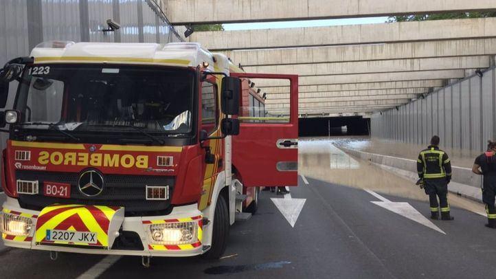 Los bomberos terminaron este sábado los trabajos de extracción de agua.