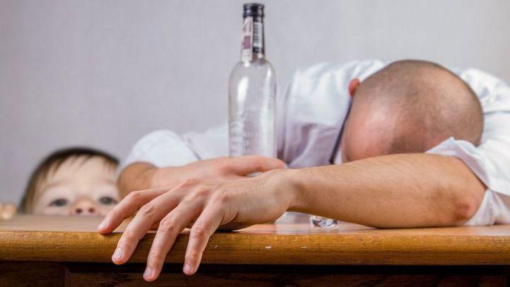 La desintoxicación del alcohol debe evitar el traumatismo del síndrome de abstinencia