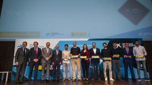 Los galardonados en los Premios EmprendedorXXI