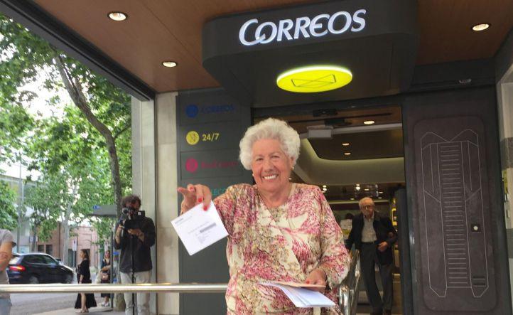 Una abuela de 95 años se presenta a la Alcaldía para