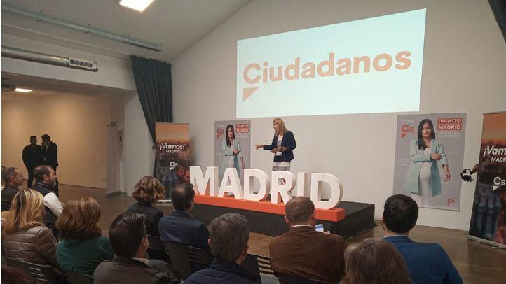 Acto de campaña de Ciudadanos en el que ha reaparecido Villacís a través de vídeo.