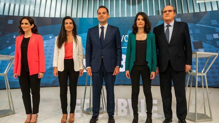 Los cinco candidatos a la presidencia de la Comunidad que participan en el debate.