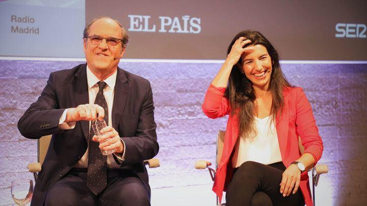 ÁLBUM | La negativa de Ayuso a acudir al debate de Prisa impide la foto completa de candidatos