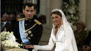 El Príncipe Felipe y la periodista Letizia Ortiz contraen matrimonio