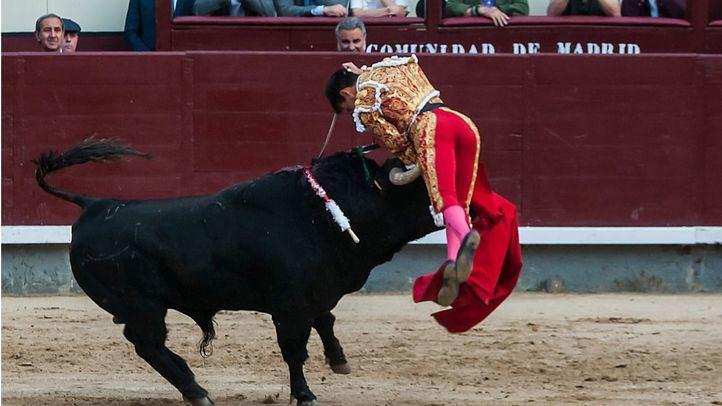 San Isidro: grave cornada a Gonzalo Caballero en una corrida muy exigente de El Pilar