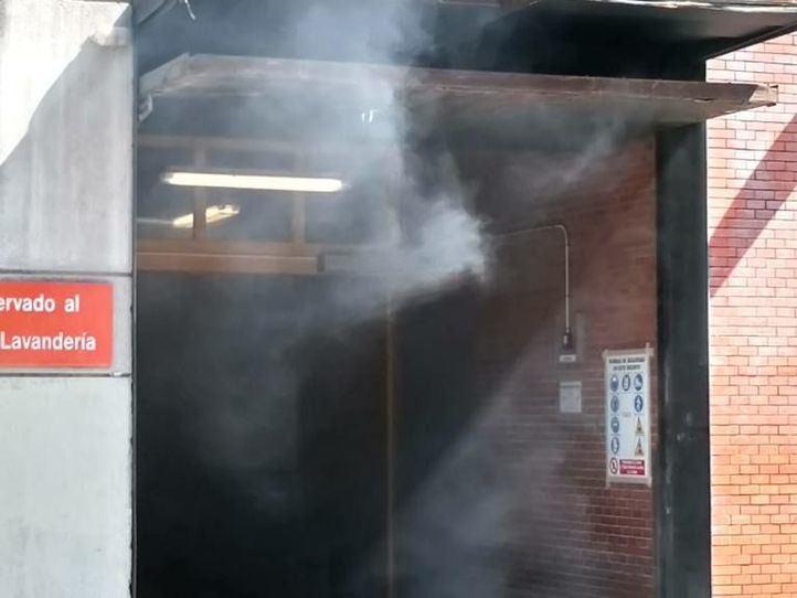 Evacuada una zona del Gregorio Marañón por el humo de un motor averiado