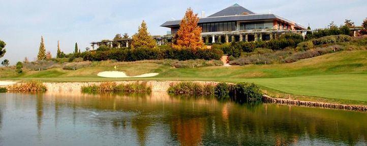 El SEK y Golf Santander, formación integral para los jóvenes golfistas