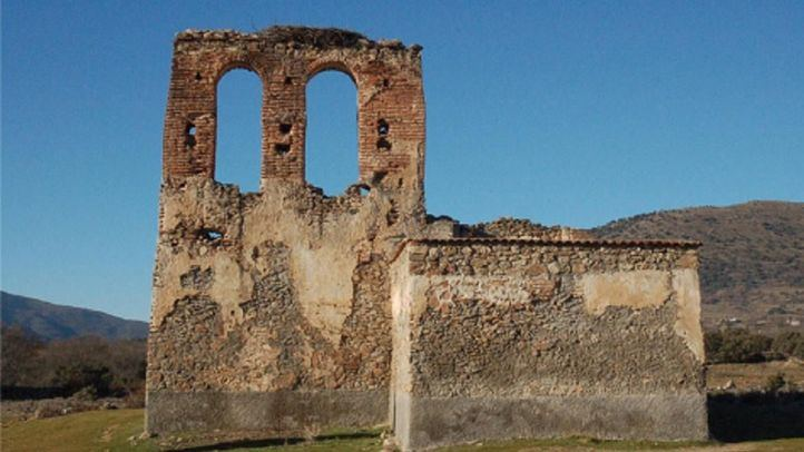 Ermita de Santiago en Gargantilla del Lozoya.