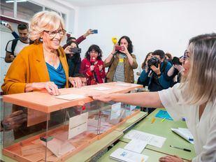 Los candidatos a la Alcaldía de Madrid y a la Presidencia de la Comunidad depositan sus votos en las urnas