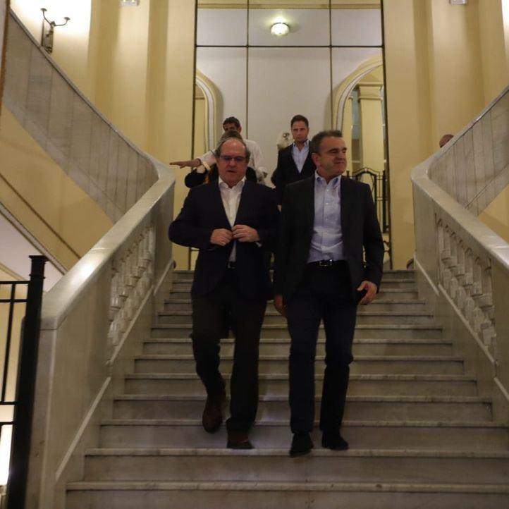 Con los números en contra, el PSOE insiste en una Presidencia de Gabilondo