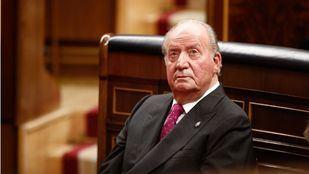 El Rey Don Juan Carlos anuncia su retirada de la vida pública