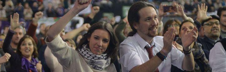 Sectores críticos de Podemos piden la renuncia de Iglesias y Montero