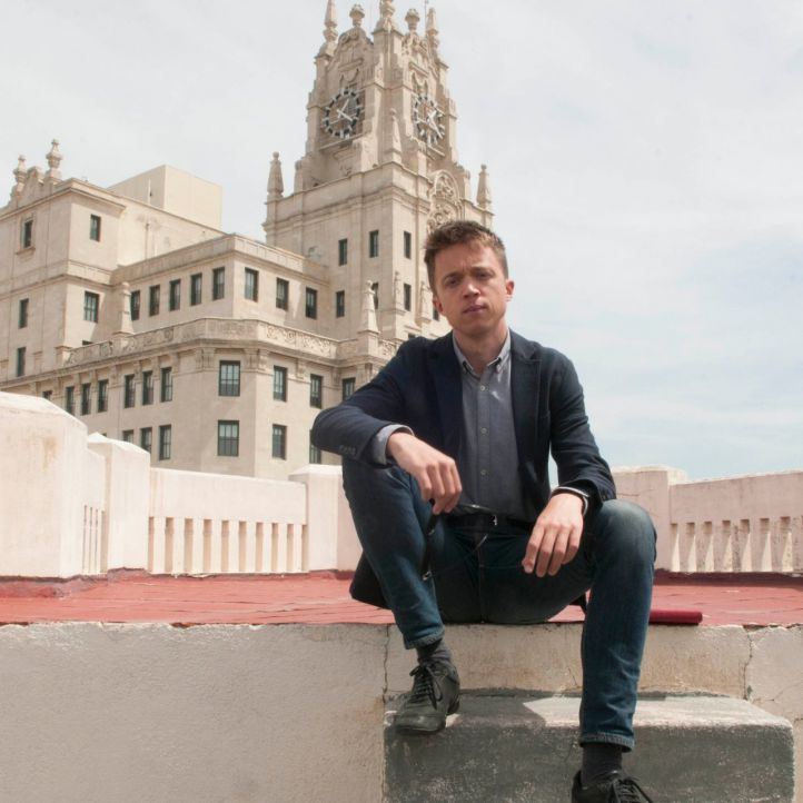Errejón se ofrece a facilitar un gobierno del PSOE y Cs