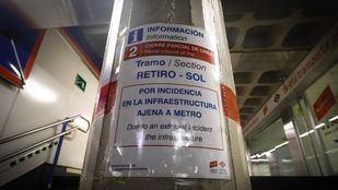 El tramo entre Retiro y Ópera de la línea 2 de Metro reabre este metro tras permanecer cortado desde el pasado mes de enero debido a una incidencia provocada por las obras del complejo Canalejas, desarrolladas por la empresa OHL.