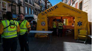 Un hospital de campaña vela por la seguridad de los aficionados que se concentran en el centro de Madrid, donde están desarrollándose las actividades del Champions Festival hasta el domingo