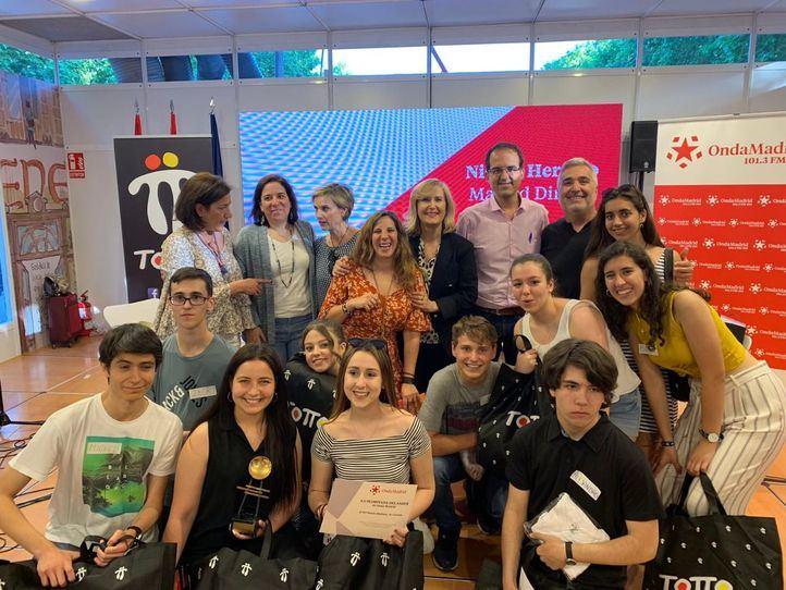 """La gran final de """"La olimpiada del saber"""" se salda con la victoria del IES María Moliner de Coslada"""