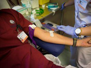 Varios actores, humoristas y cantantes animan a donar sangre, un