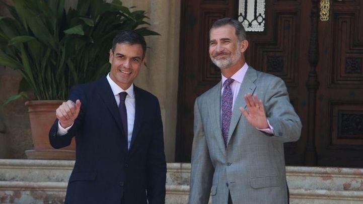 Sánchez cierra la ronda de consultas con el Rey y busca socios para su investidura