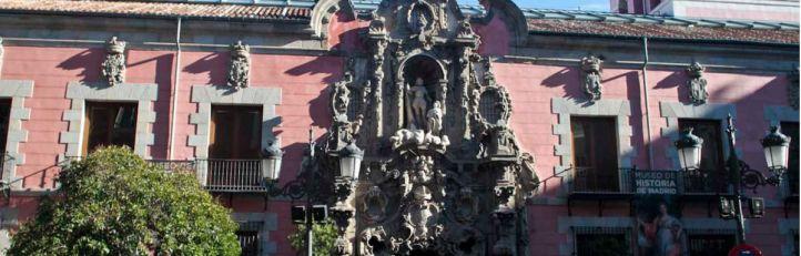 Un recorrido por el pasado de Madrid entre vitrinas