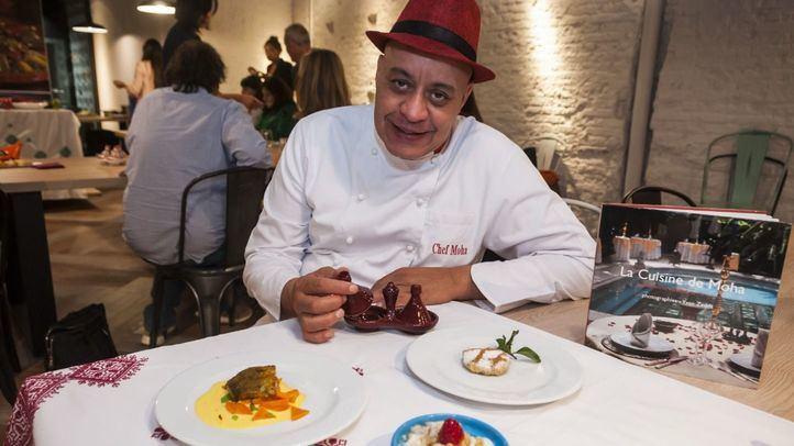 El chef Moha durante su demostración en 'Marruecos con otra mirada'