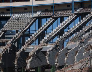 Las 'costuras' del Calderón, al descubierto: así avanza su demolición