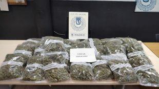 Detenido por posesión de diez kilos de marihuana en su vehículo