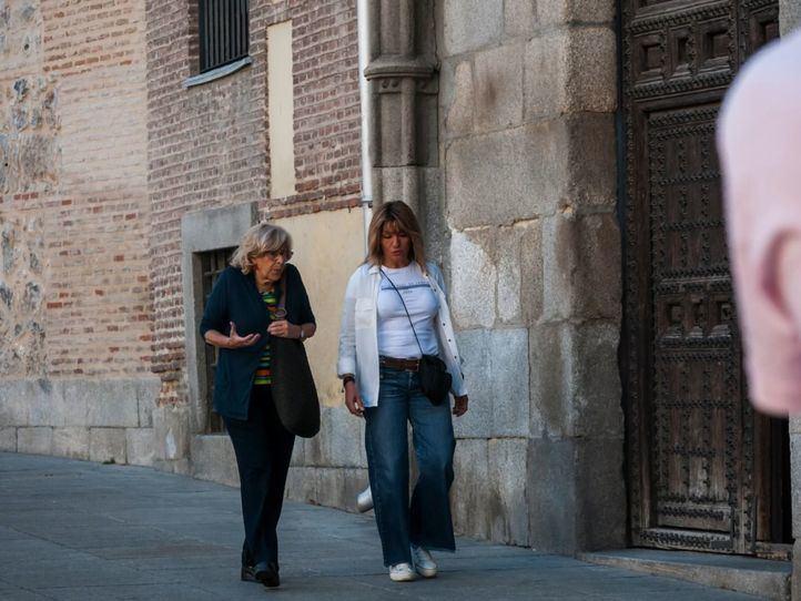 Carmena presenta su renuncia a su acta de concejala