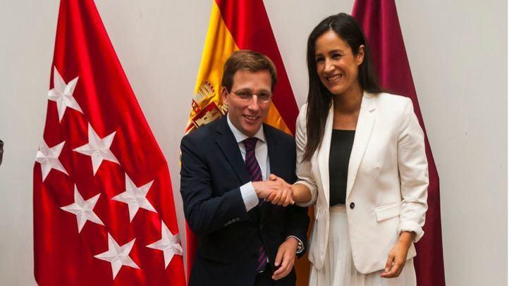 José Luis Martínez-Almeida y Begoña Villacís, alcalde y vicealcaldesa del nuevo gobierno de Madrid