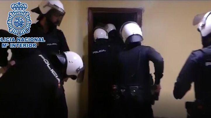 Cae una banda por atracar casas de juego en Leganés