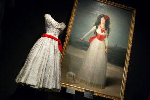 La moda de Balenciaga y la pintura española, en el Thyssen