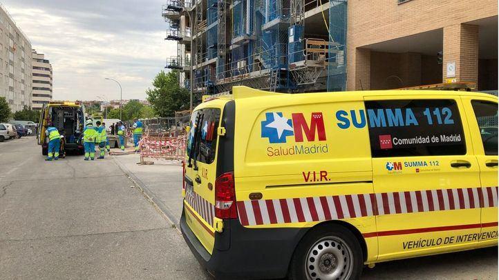 Fallece un obrero en Vallecas al precipitarse por el hueco del ascensor de un edificio en construcción