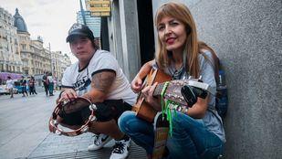 Jota Armijos y Amparo Llanos, integrantes del grupo New Day.